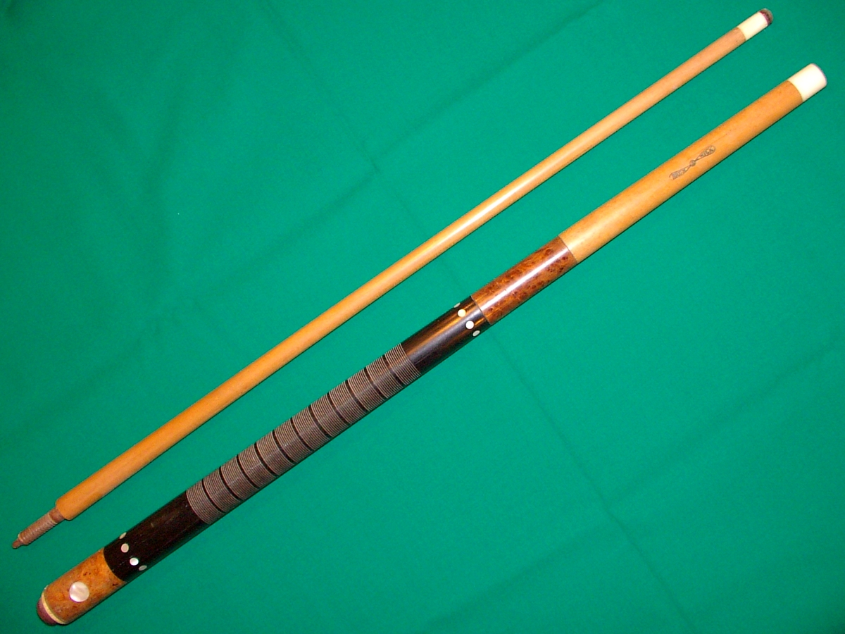 Calling all old cue experts Housse queue de billard